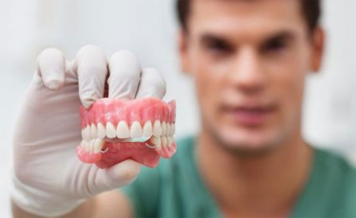 Показания к посещению стоматолога